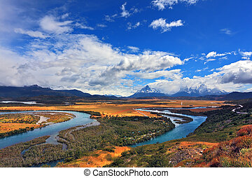 Meandering river bed of yellow coast - Meandering river bed...