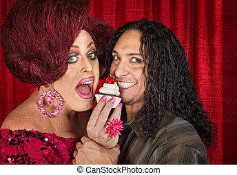 sonriente, pareja,  Cupcake