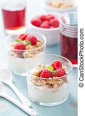 sano, desayuno, yogur, granola, frambuesa