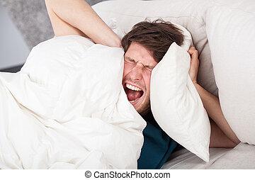 awoken, zangado, barulho, homem