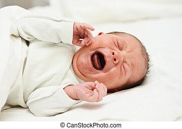 gritando, recem nascido, bebê
