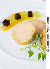 Foie gras with port wine jelly , mango confit and brioche