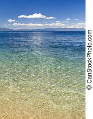 Lake Tahoe beach - beautiful lake tahoe beach
