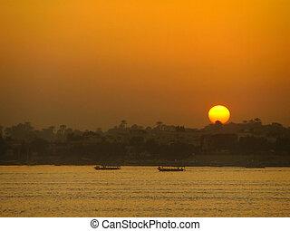Sunset over the Nile river, Luxor, Egypt