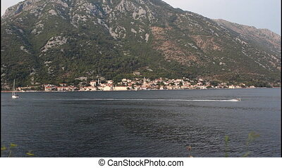 Bay of Kotor, pan right
