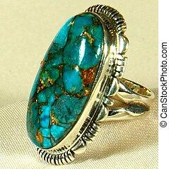 Sterling silver ring - A sterling silver ring with unique...