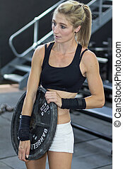 Kettlebells at Mitchell strength - Model pumping iron in...