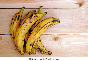 sweet ripe grill plantain bananas with open space