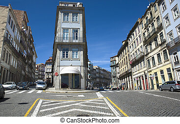 Oporto crossroad - Colorful traditional houses in the city...