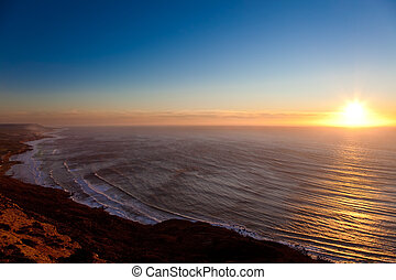 Seascape sunset - Sunset on the oceanic coast of Maroc,...