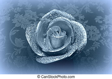 candle in the shape of roses