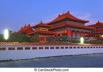 chino, dragón, templo, Bangkok, Tailandia, anochecer