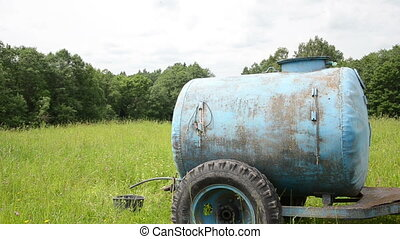 water tank pasture - Blue water cistern tank for animal...