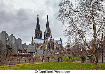 cologne Cathedral and Modern philharmonic concert hall -...