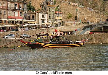 Porto (Oporto). Ancient town in Portugal.