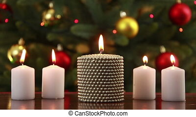 Christams set of candles - Four white candles and one gold...