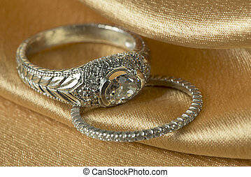 Diamond wedding and engagement ring - Diamond rings on gold...