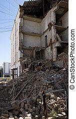 destruction house