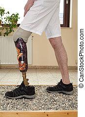 Um, macho, prótese, wearer, treinamento,...