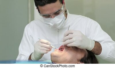 Dentist visiting patient - Portrait of happy caucasian man...