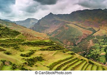 Pisac Fields - Valle Sagrado