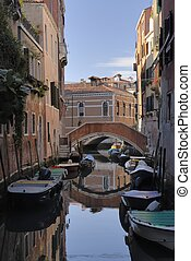 Italy Showcase Portraits - Canal in venice