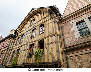 Bourgogne - A typical half timbered house in Vezelay,...