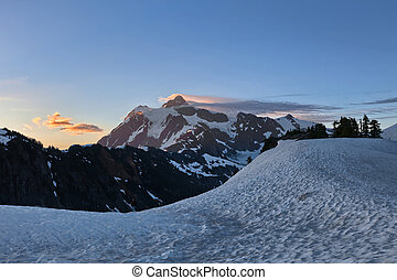 Mount Shuksan sunrise