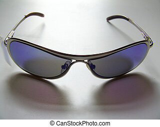Glasses;