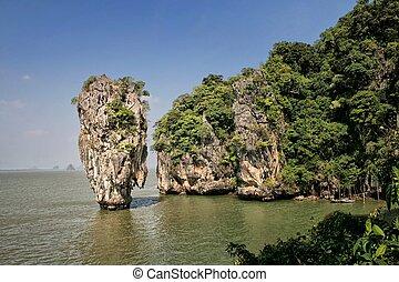 Ko Tapu Island, Thailand - Ko Tapu island in Phang Nga Bay,...