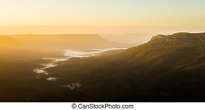 Sunrise from Sublime Point in Blue Mountains Australia -...