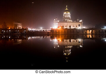 Bangla sahib sikh temple in Delhi - Night shot of the famed...