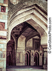 Arches Inside the The Three-domed mosque in Lodhi Gardens is...