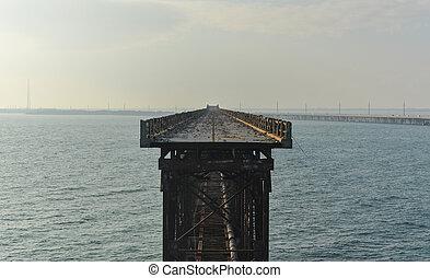 Old Bahia Honda Rail Bridge, Bahia Bay State Park, Florida...