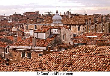 Veneza, telhados, alvorada