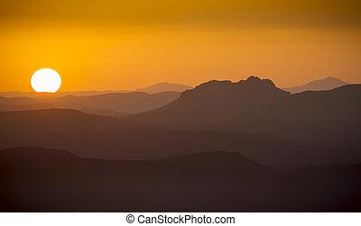 Sunrise - Gorgeous sunrise in the mountains