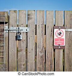 Locked gate - A locked wooden gate with a no access notice