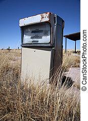 Old abandoned vintage USA gas station
