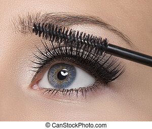 Make-up - Makeup Make-up Applying Mascara Long Eyelashes