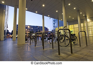 Bicycle parking - Parked bicycles at night