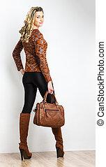 posición, mujer, Llevando, Moderno, marrón,...