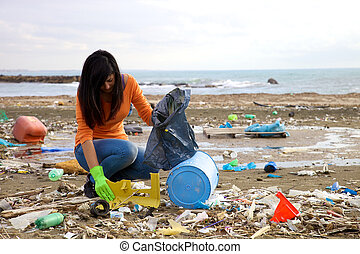 Trying to pick up plastic in the middle of pollution - Young...