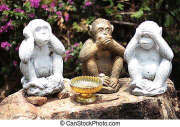Three Monkeys - no speak, no see, no hear at Koh Samui...
