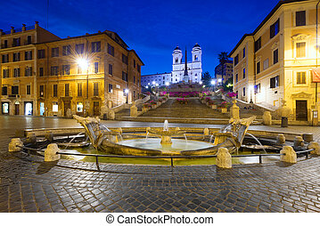 Piazza di Spagna - Early morning view of Trinità dei monti...