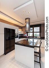 Vibrant cottage - kitchen - Vibrant cottage - white and...