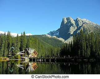 Mount Burgess and Emerald Lake, Yoho National Park, Canada -...