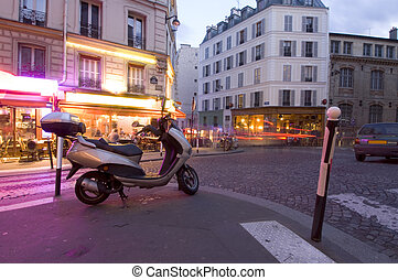 Paris night life - The streets of Paris are still full of...