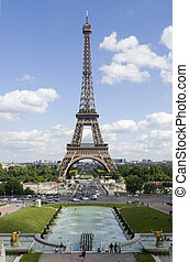 Tour Eiffel, the archetypal image - An archetypal view of...