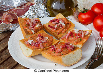 tomates,  jamon,  bread