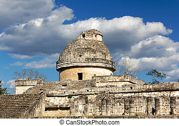 Temple at Chichen Itza - El Caracol the snail Mayan...